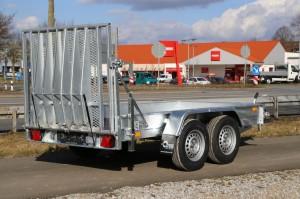 B2732HTP Baumaschinentransporter voll